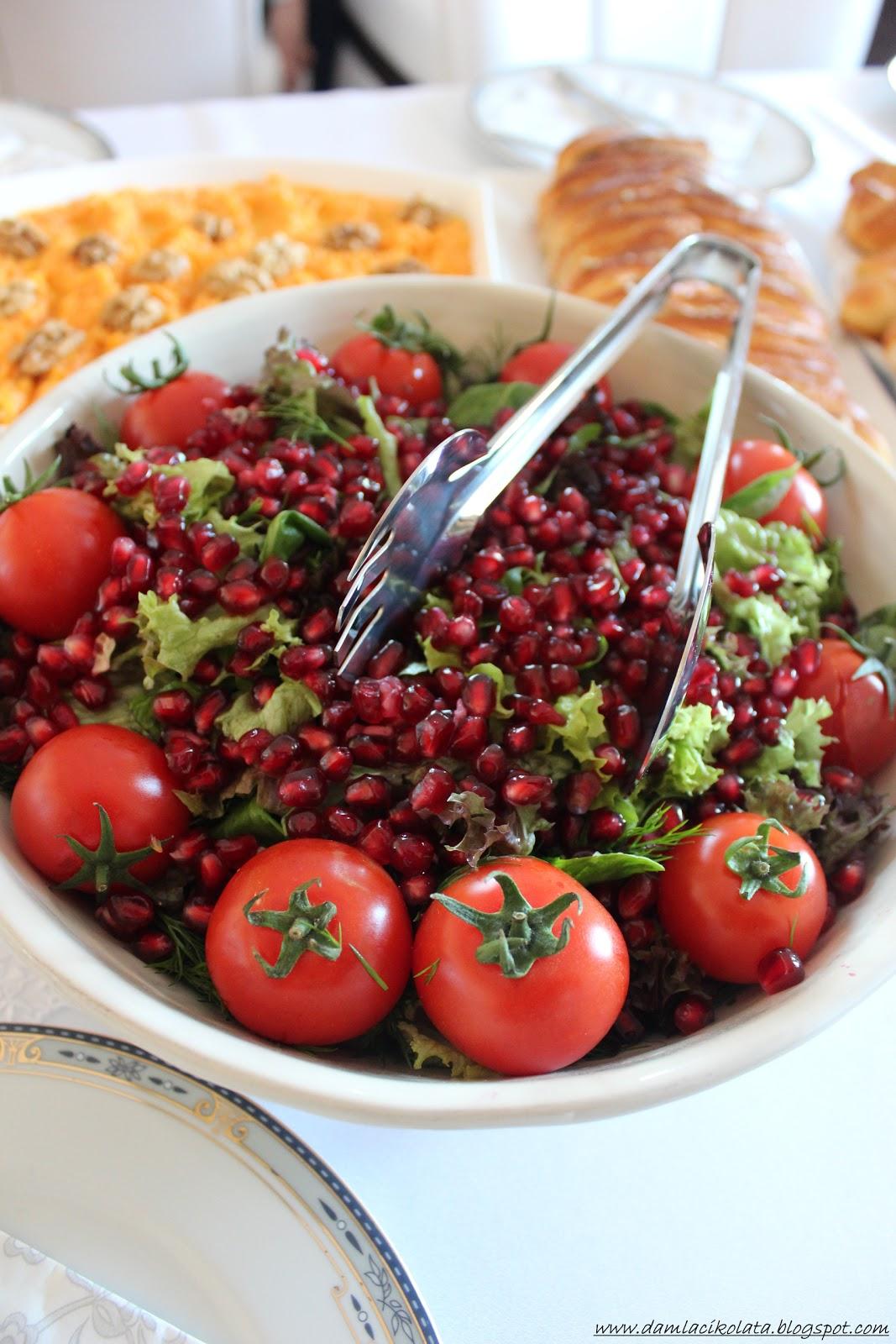 Narlı Yeşil Salata Tarifi – Salata Tarifleri