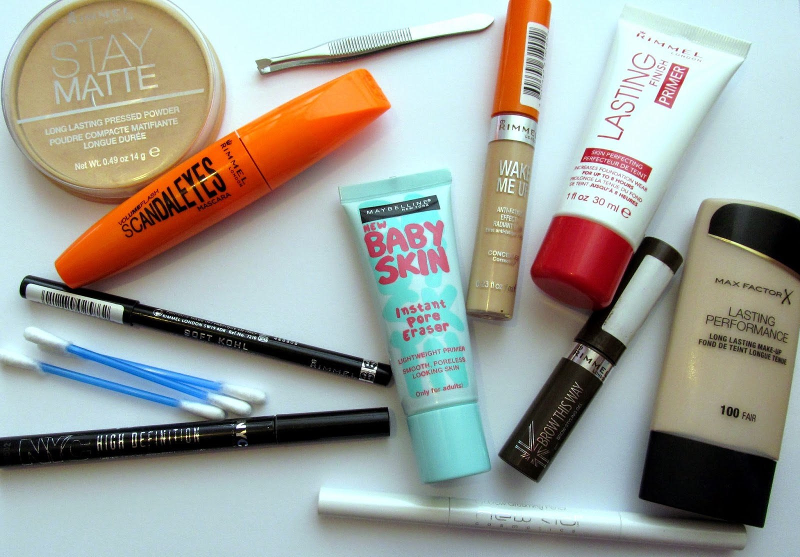 whats in my makeup bag blog post