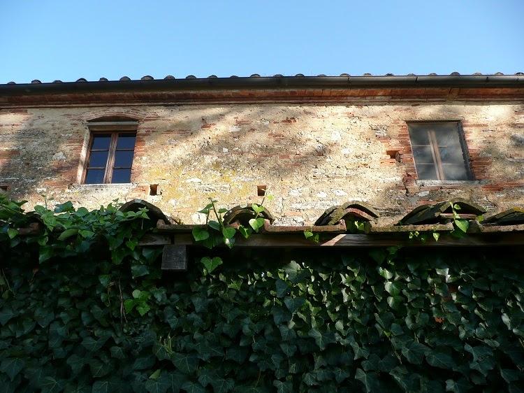Ecomondo le finestre nelle case coloniche toscane for Piccoli progetti di case toscane