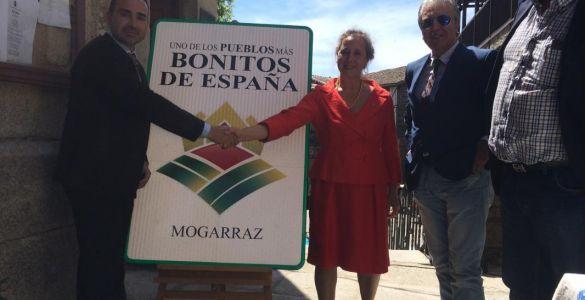 La alcaldesa de Mogarraz, Concha Hernández,  recibe el reconocimiento