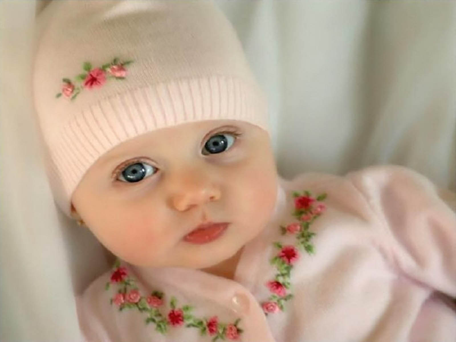 lovely babies wallpapers