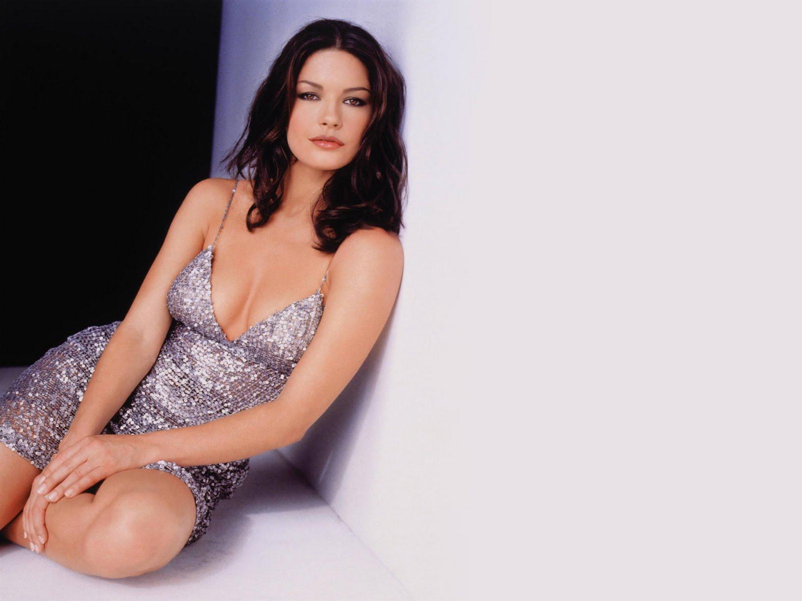 zeta jones sexy - photo #10