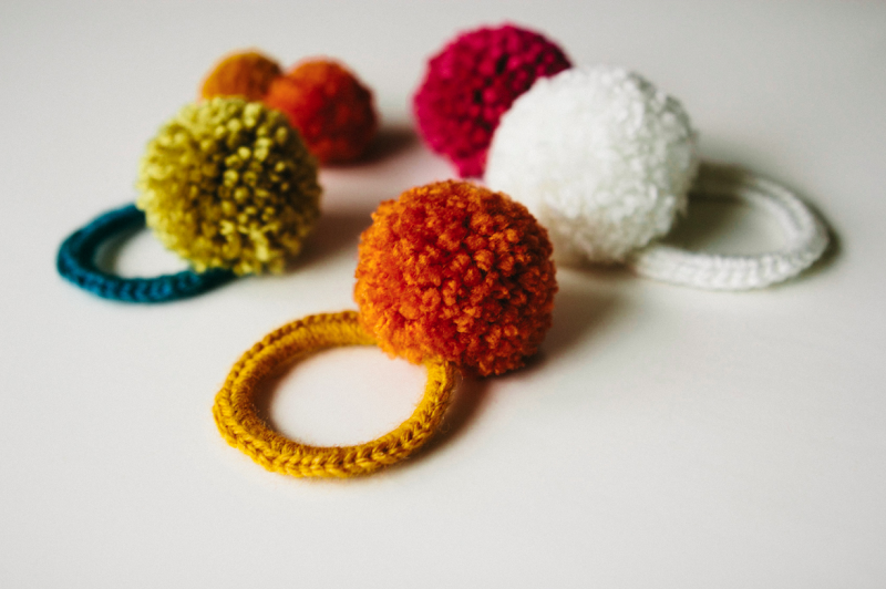 http://rebekahgough.blogspot.com/2013/11/make-something-monday-crocheted-pom-pom.html