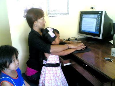anak saat ber-Internet