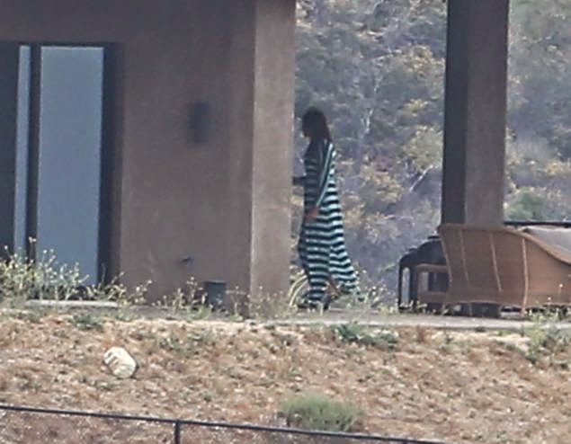 Bruce Jenner seen in Long Dress outside his Malibu Home ... Daily News Bruce Jenner In A Dress Photos
