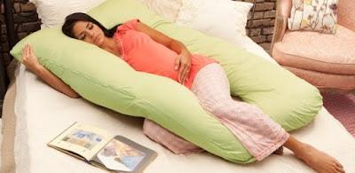 Posisi Tidur Baik Untuk Ibu Hamil Sebelum dan Sesudah 16 Minggu