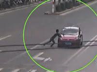 Lakukan Pemerasan, Pria Ini Tabrakkan Diri ke Mobil yang Melaju