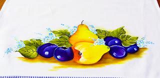 pintura de peras e ameixas