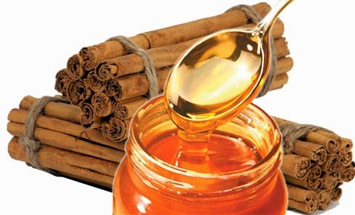 Detoxifying diet of cinnamon and honey