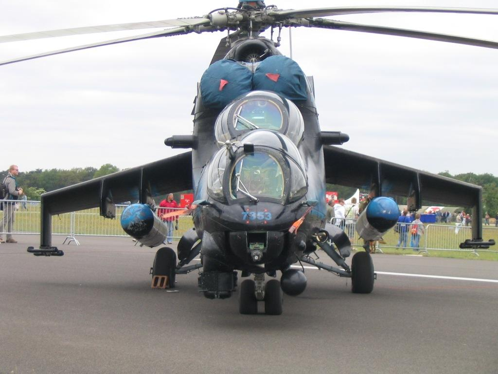 mi24 russian military helicopters jet fighter picture