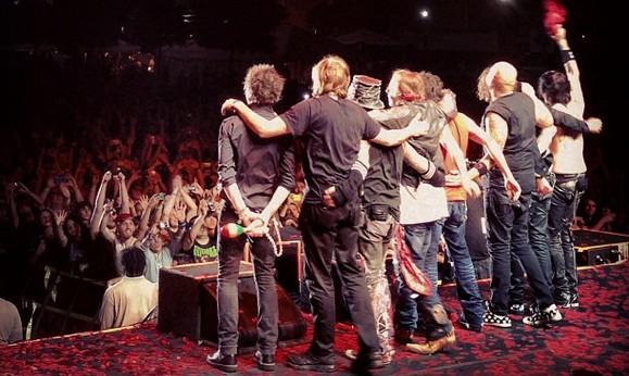 Guns N Roses 2013 Members Guns N' Roses River Ci...
