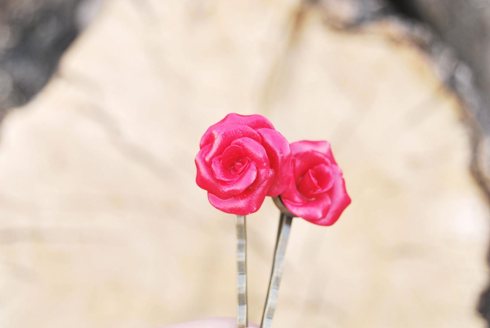horquillas rosas rojas arcilla polimerica