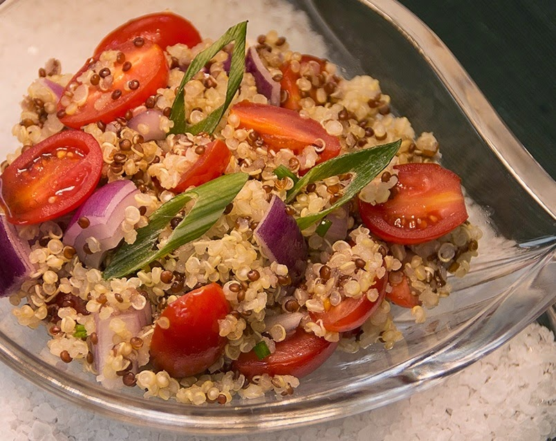 Salada Colorida de Quinoa (vegana)
