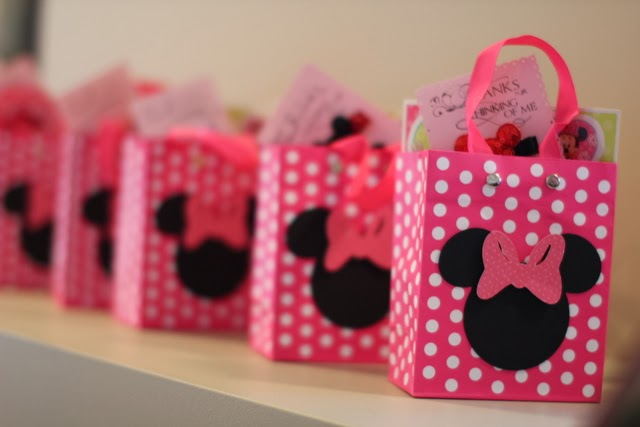 How Cute Are These Treat Bags