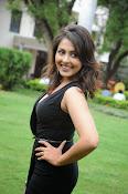 Madhu Shalini glam pics-thumbnail-20