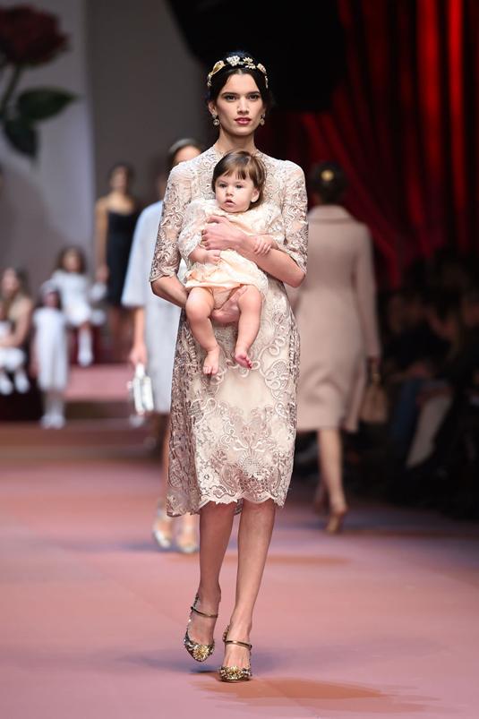 Dolce_Gabbana_fall_2015_mamma