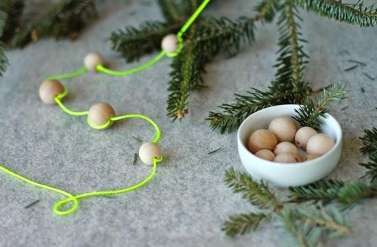 DIY Árbol de navidad con papel seda y cartulina3
