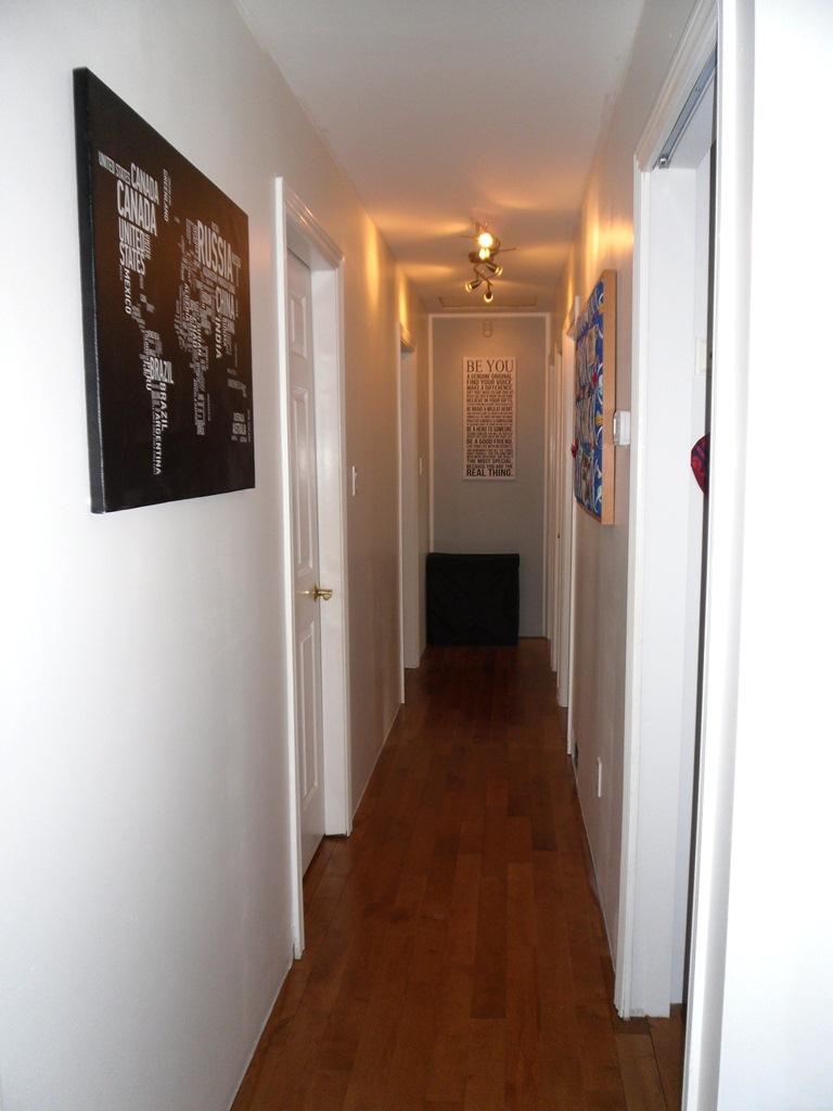 4960 miles berlin vancouver denver der flur ist nun auch fertig. Black Bedroom Furniture Sets. Home Design Ideas