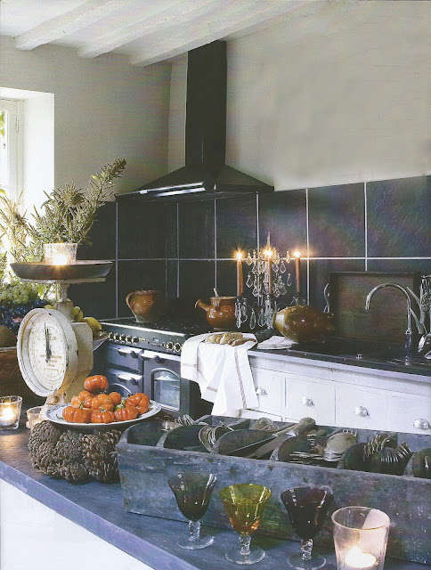 Gurmard Kitchen image via Ville and Casali, with edits by lb for linenandlavender.net