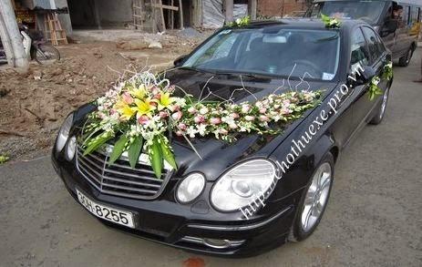 Cho thuê xe cưới Mercecdes E200
