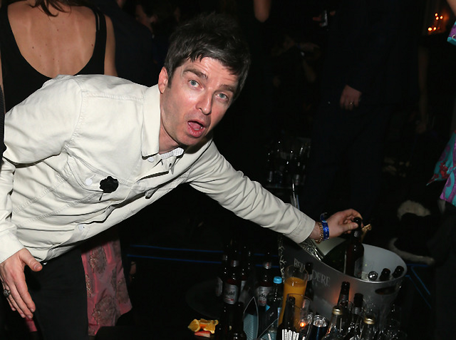 Noel Gallagher en fiesta Brit Awards 2014
