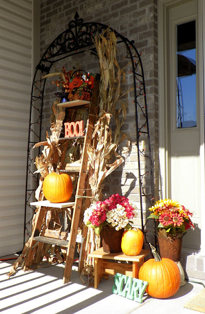 Mightycrafty Halloween Front Porch