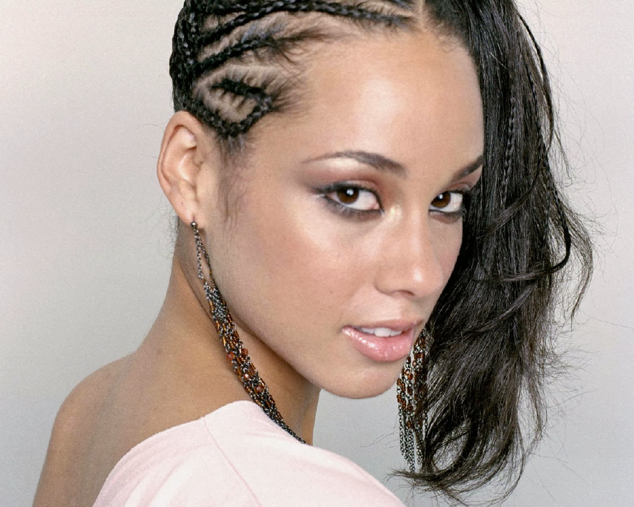 Hairstyle Gallery : Alicia Keys Hairstyles Hairstyles Photos