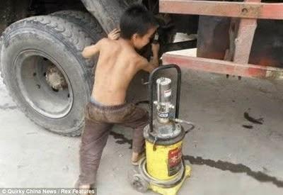 Wang Junjie, Bocah 10 Tahun Tukang Tambal Ban Truk