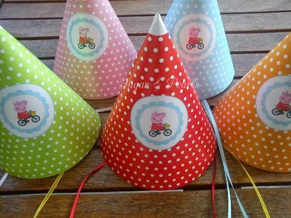 Χάρτινα καπελάκια για γενέθλια με θέμα την Πέππα