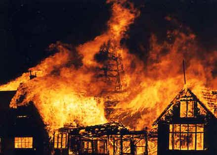 Hasil gambar untuk kebakaran besar
