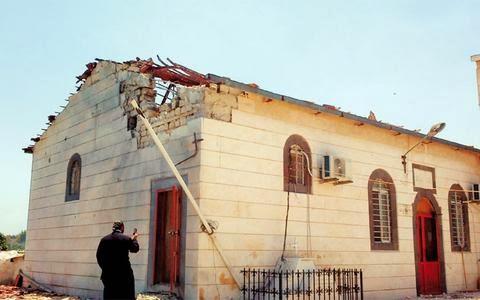 Ο εφιάλτης εντός πυλών… Ισλαμιστές (;) έκαψαν εικόνες μέσα σε εκκλησία