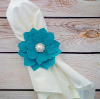 pretty new forever sweethearts teal pearl flower napkin ring