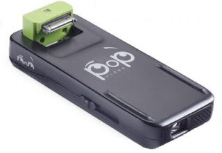 Proyektor Mini Ala iPod dan iPhone