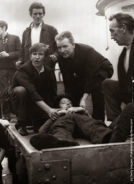 http://2.bp.blogspot.com/-2LepoyYRDvc/UlJ_scQ_AkI/AAAAAAAAP5c/rlImXR7gc-4/s640/Belfast+before+1980s+(23).jpeg