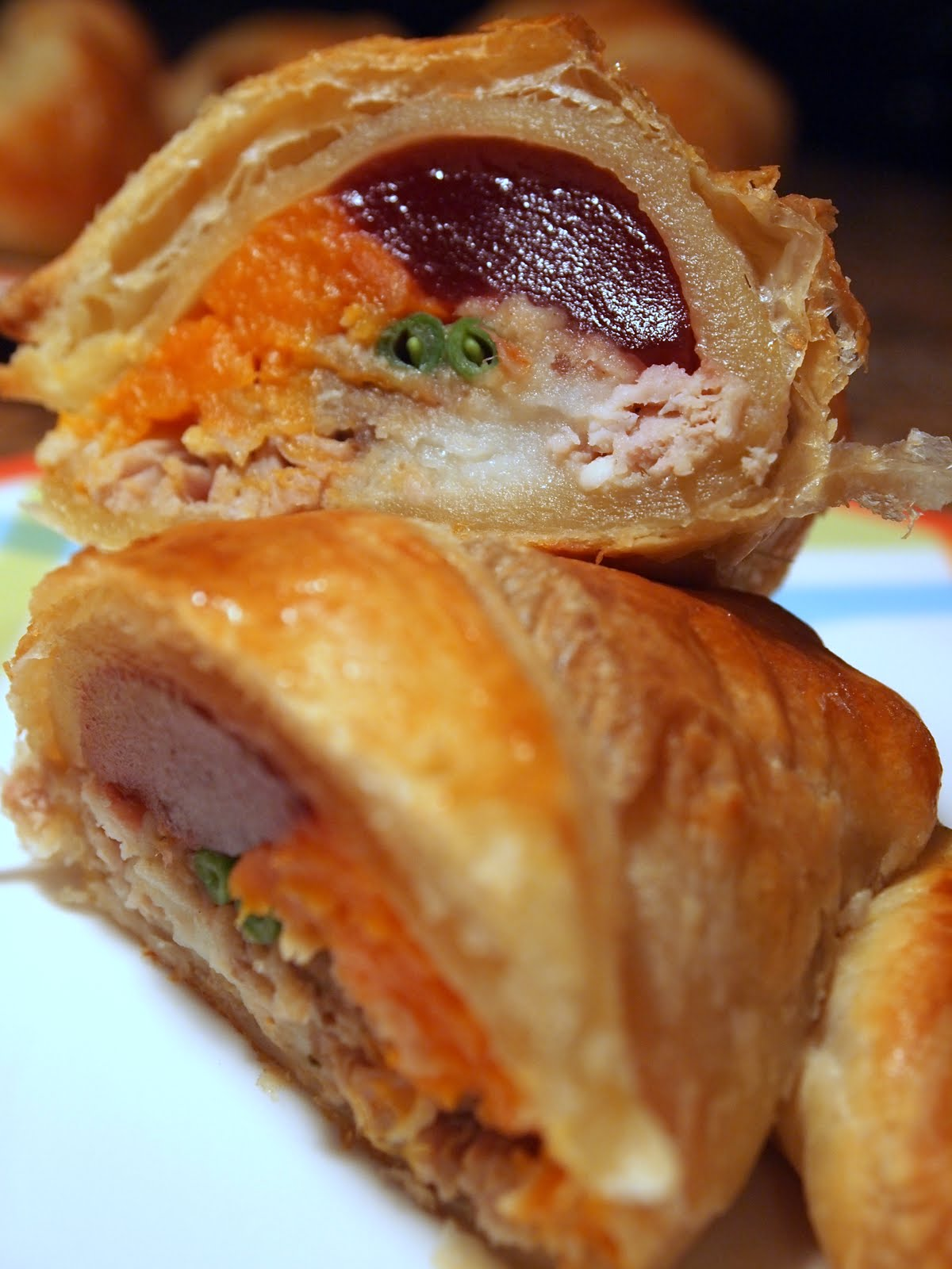 Cake & Heels: Thanksgiving Stuffed Croissant!