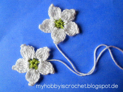 Crochet Blackberry Flower; cluster flower, white flower