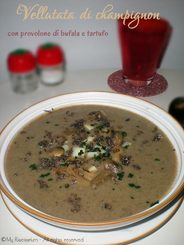 Vellutata di champignon con provolone di bufala e tartufo