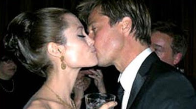 Angelina Jolie Kissing Images