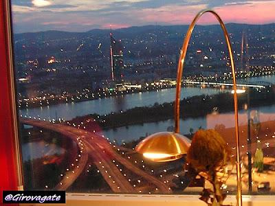donauturm ristorante girevole Vienna