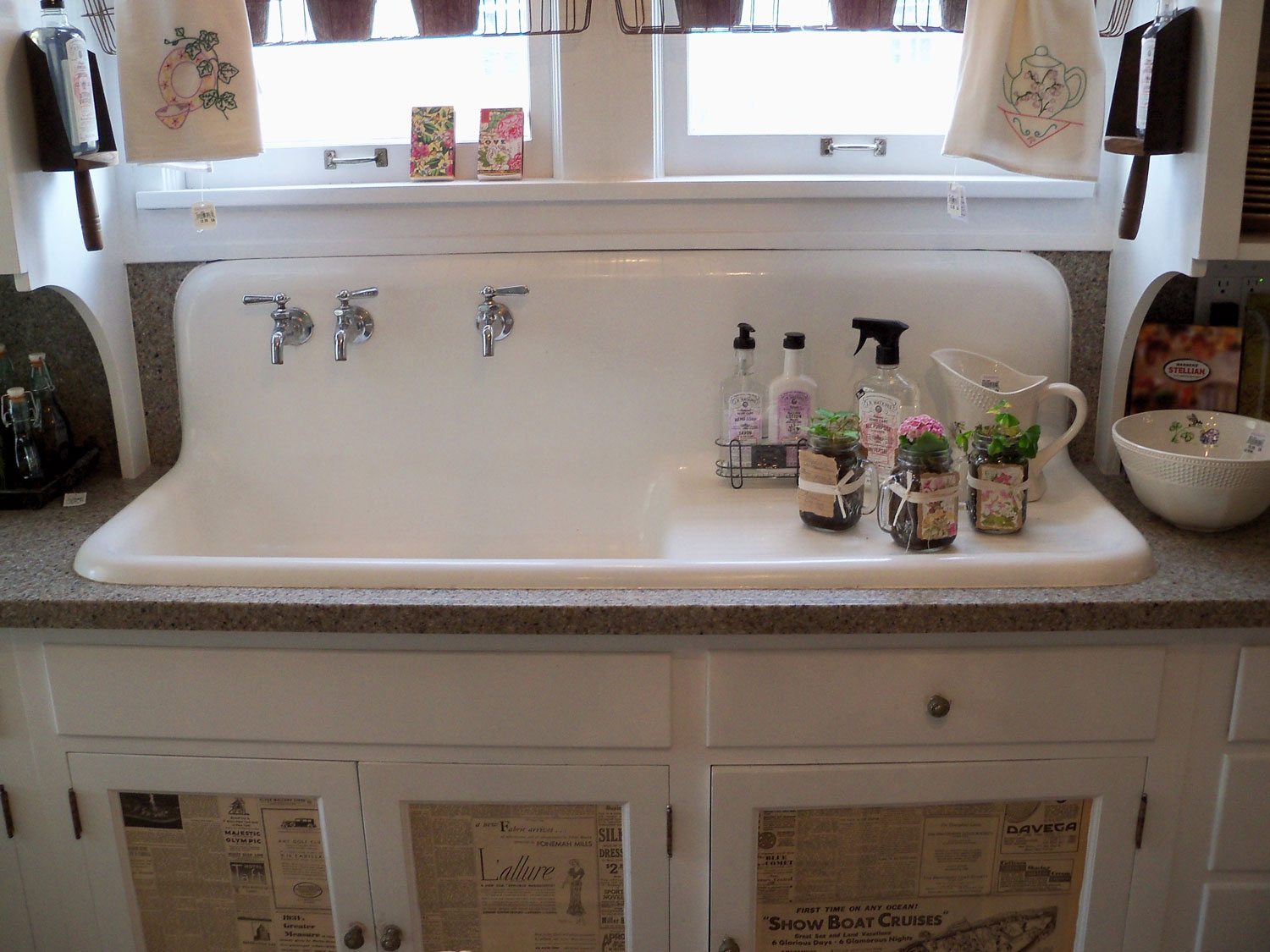 Vintage Farmhouse Kitchen Sink : The old farm sink and check out the doors...the old newspaper...
