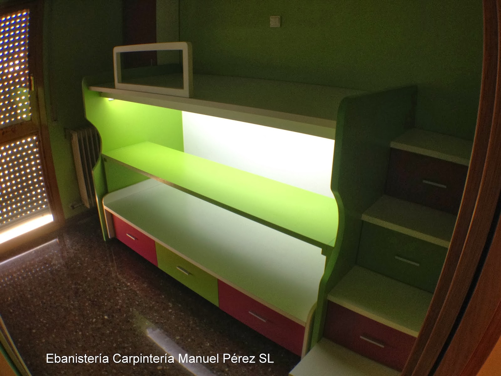 Ebanisteria carpinteria manuel perez zaragoza cama - Literas con escaleras de cajones ...