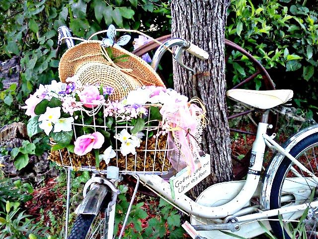 vintage pearl the inspiration the vintage garden. Black Bedroom Furniture Sets. Home Design Ideas