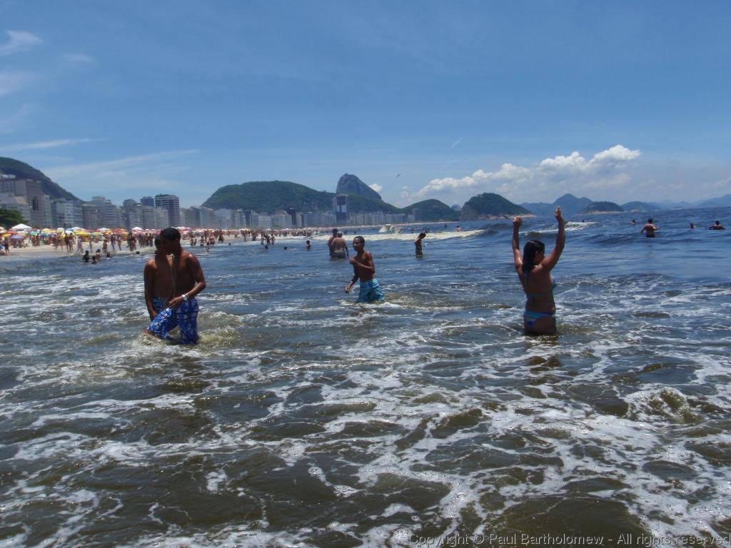 Copacabana Beach Photos | World Beach Photos: photosbeach.blogspot.com/2013/01/copacabana-beach-photos.html#!