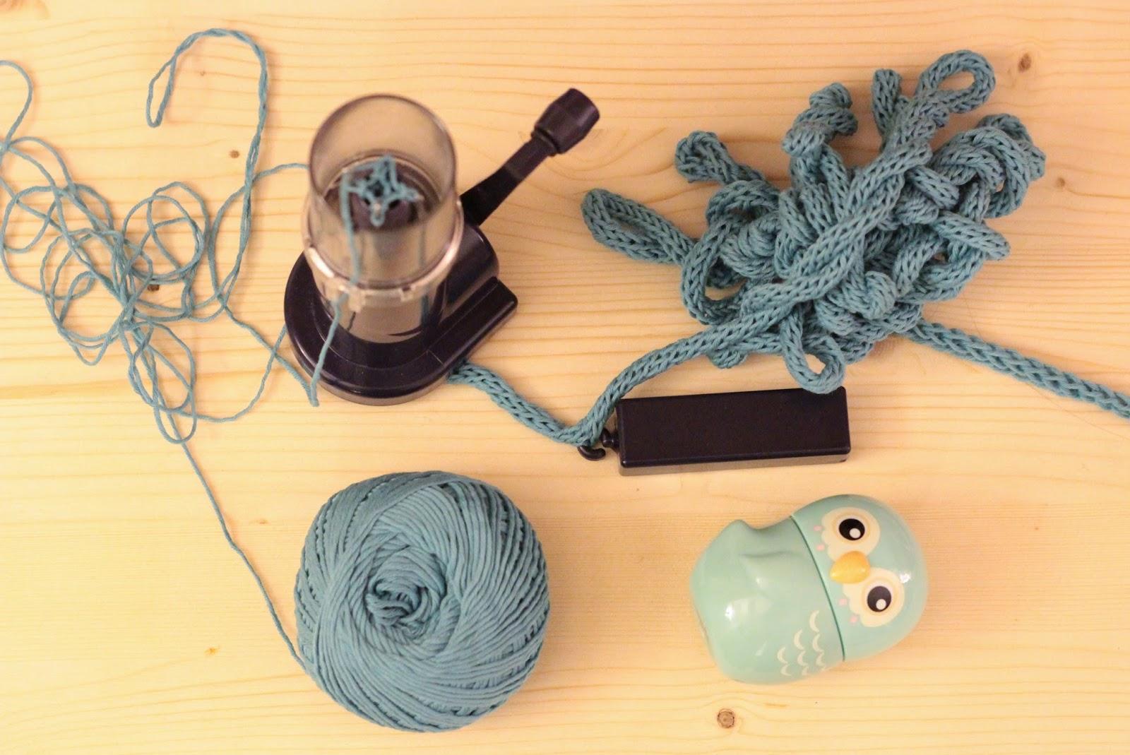 tricotin bleu