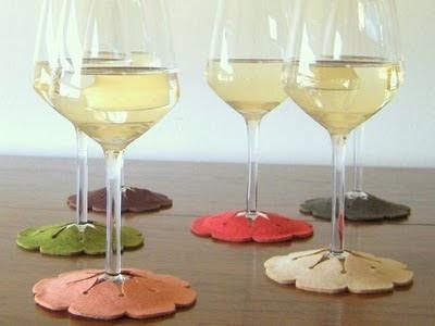 Tywkiwdbi tai wiki widbee slip on coasters for wine for Best coasters for sweaty drinks