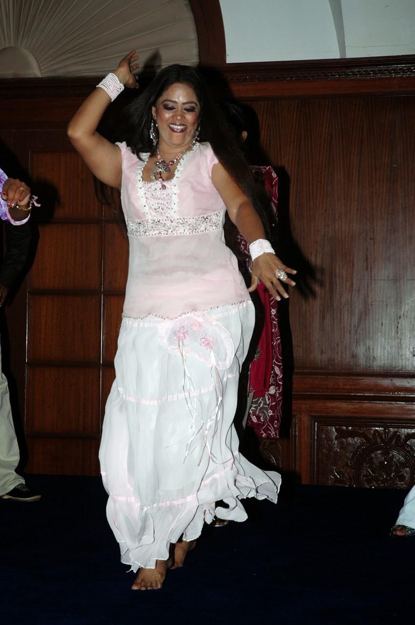 Sri priya naked photo, swinger links nl