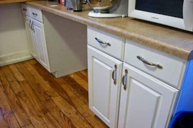 Kitchen Makeover: 4 Simple & Cheap Tips