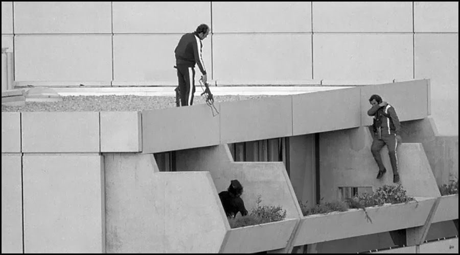 the terrorist hostage situation during the 1972 munich olympics A member of the palestinian terrorist group horrific new details have emerged of how israeli athletes taken hostage in the 1972 munich olympics were the international olympic committee to mark the 40th anniversary of the killings by holding a moment of silence during the.