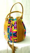 Bolso Wayuu con diseño en Cuero