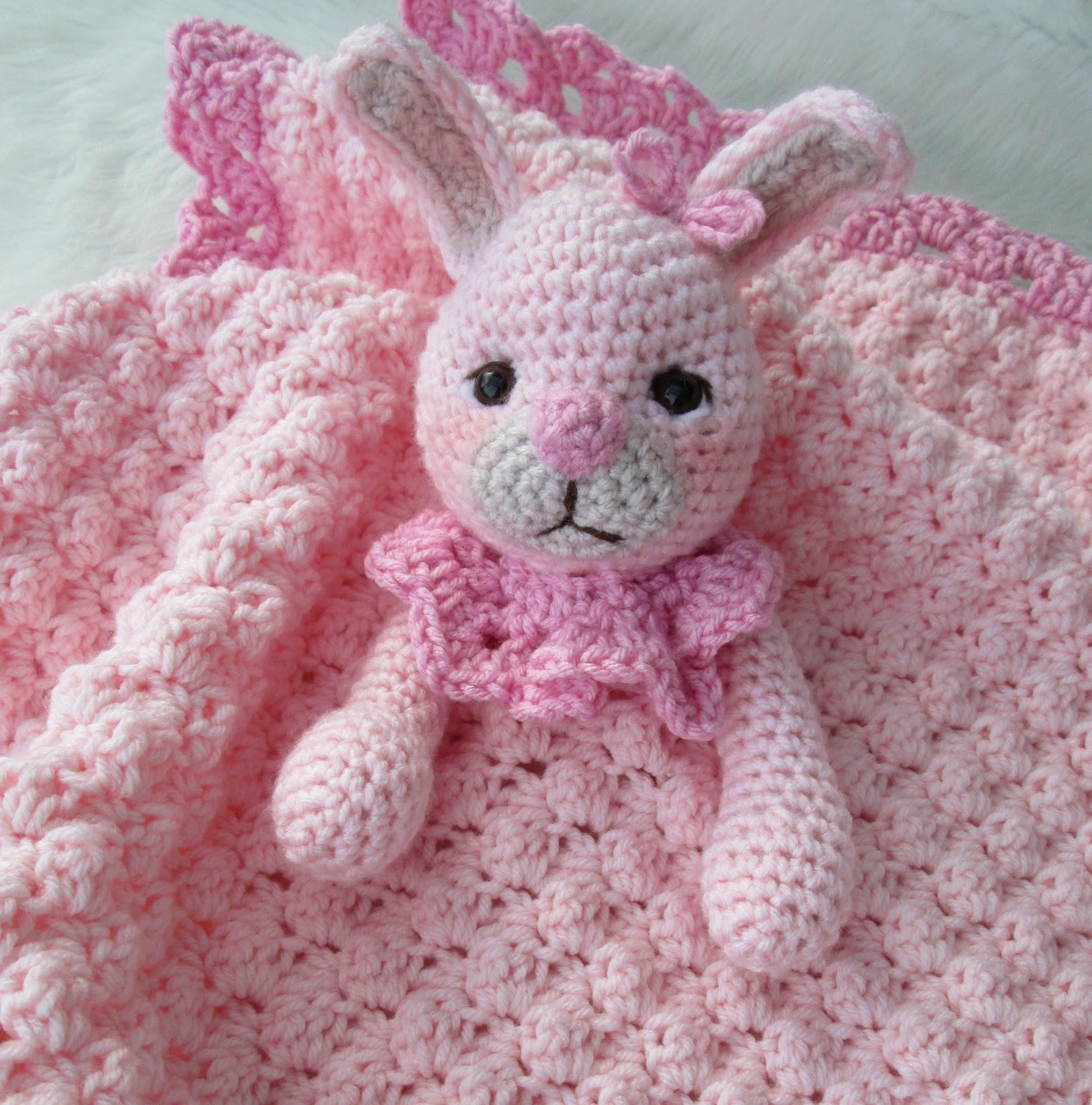 Bunny Blanket Knitting Pattern : Teris Blog: New Bunny Huggy Blanket Pattern